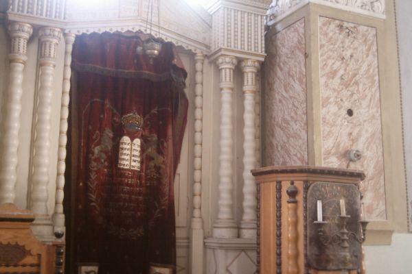 sinagoga-deva-765807172-2D58-3119-595C-596BBA73A3D0.jpg