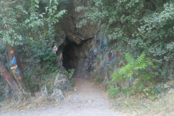 tunel59BAD8EA2-F906-B734-43AE-8339EB3E0E68.jpg