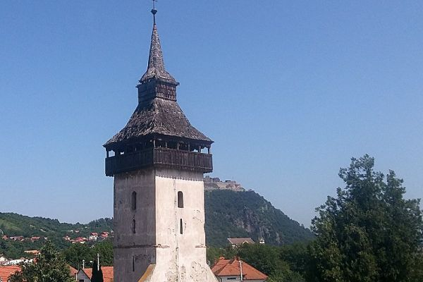 turnul-vechii-biserici-0B69E7593-77AC-6234-9B2B-B3AC6C7BBBCA.jpg
