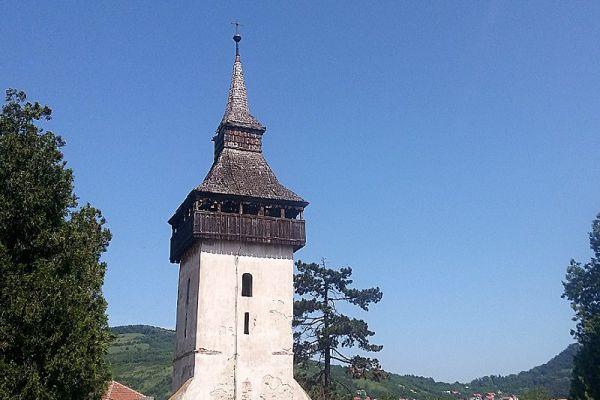 turnul-vechii-biserici-2E5BE35B5-DDB5-0D29-12FE-4A7BF3664166.jpg