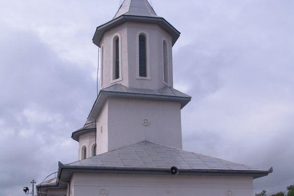 biserica-ortodoxa-sfantul-vasile-cel-mare-5A58D083C-1BEE-F8F2-A51F-A3CA5291A94D.jpg
