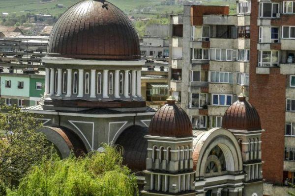 biserica-ortodoxa-buna-vestire-4578649FD-7C78-922D-1556-AB2E997AC7F1.jpg