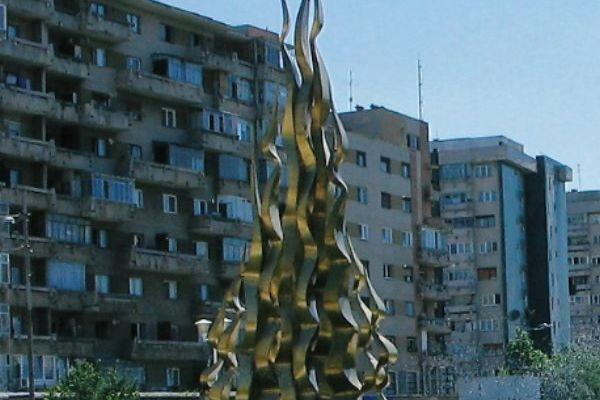 monumentul-flacara-olimpica-2D6657655-72D1-72C7-B079-41E465664EF2.jpg